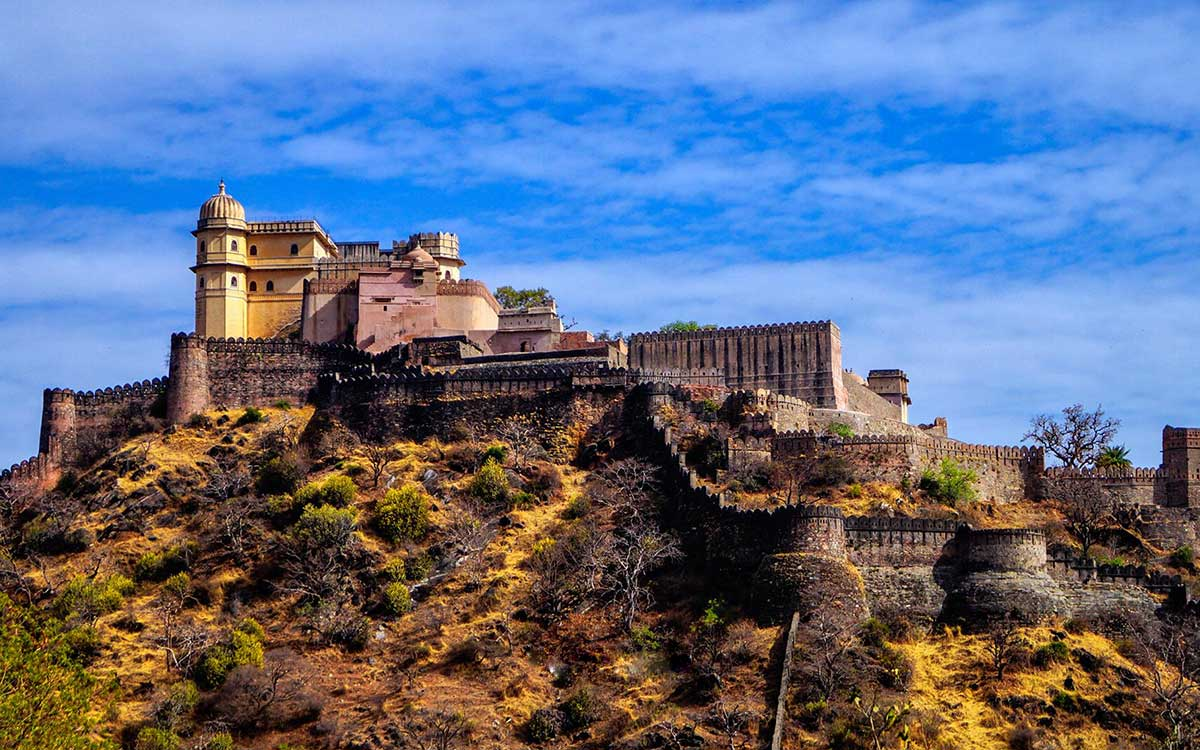khumbhalgarh-fort-rajasthan-Haveli-Ashram-and-Resorts-Ghanerao